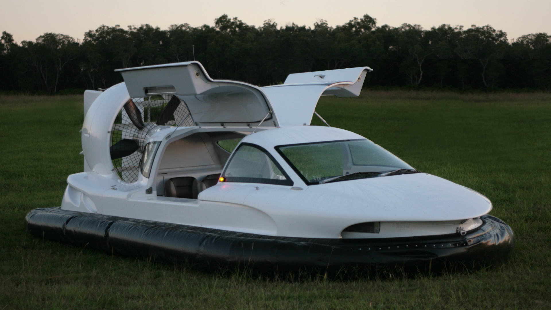 hovercraft by airlift hovercraft