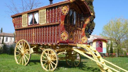 Hearst Family Gypsy Wagon Circa 1902