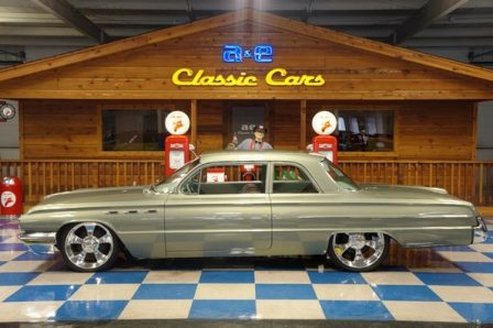 1962 Buick Custom 2 Dr LeSabre – Green Pearl Metallic