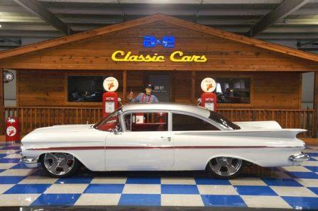 1959 Chevrolet Biscayne – White