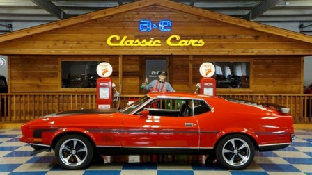 1971 Ford Mustang Mach 1 351 – Bright Red w/ Black