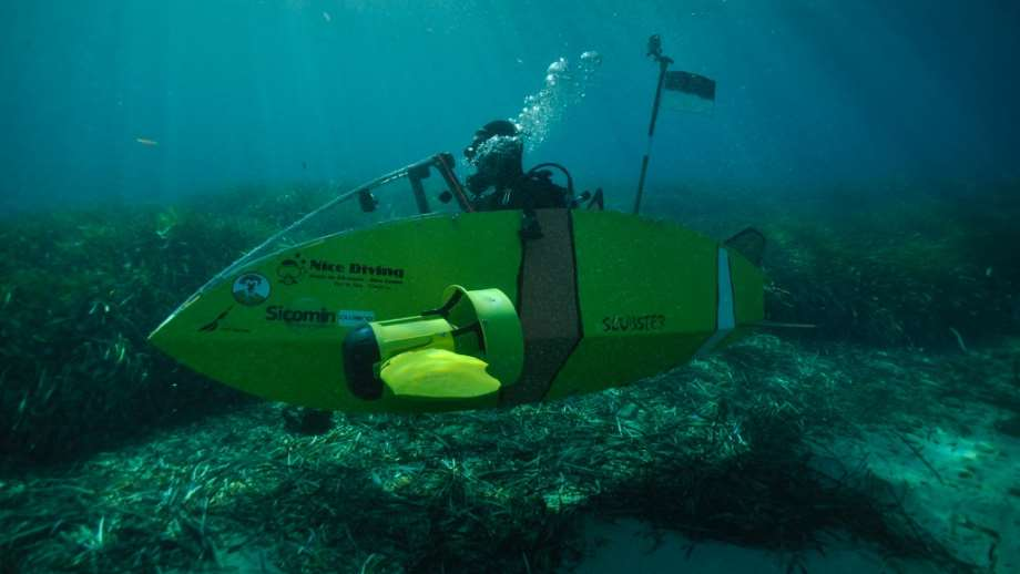 Scubster submarines underwater