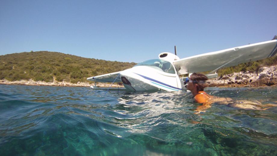 SEAMAX Amphibious Aircraft | ToysForBigBoys com