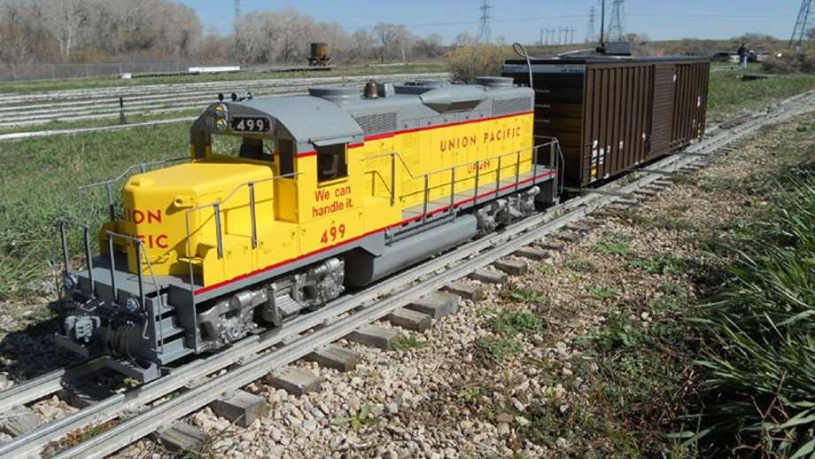 Merveilleux Backyard Train Co