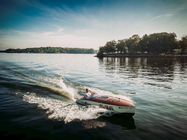 bugbite race boat